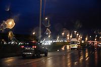 BRASILIA, DF, 11.03.2016 – CLIMA-DF – Trânsito lente e fortes chuvas no fim da tarde desta sexta-feira, 11, em Brasília. (Foto: Ricardo Botelho/Brazil Photo Press)