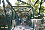 Estella-Lizarra.Navarra.Espana.Estella-Lizarra.Navarra.Spain.Puente de hierro sobre el Rio Ega..Iron Bridge over the river Ega..(ALTERPHOTOS/Alfaqui/Acero)