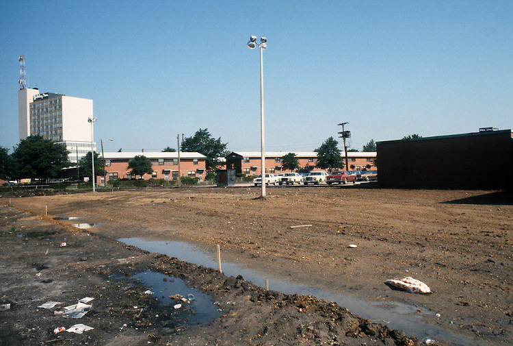 1983 June ..Assisted Housing.Diggs Town (6-6)...CAPTION...NEG#.NRHA#.