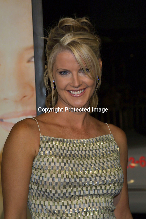 """©2002 KATHY HUTCHINS/HUTCHINS PHOTO.PREMIERE OF """"WHITE OLEANDER"""".GRAUMAN'S CHINESE THEATER.HOLLYWOOD, CA.OCTOBER 8, 2002..MAEVE QUINLAN"""