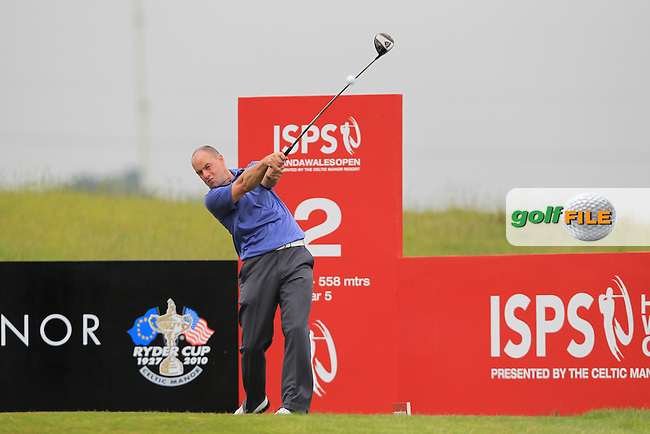 Craig Lee (ENG) tees off on the 2nd tee during Friday's Round 2 of the ISPS Handa Wales Open presented by The Celtic Manor Resort, Newport, Wales, 1st June 2012 (Photo Eoin Clarke/www.golffile.ie)