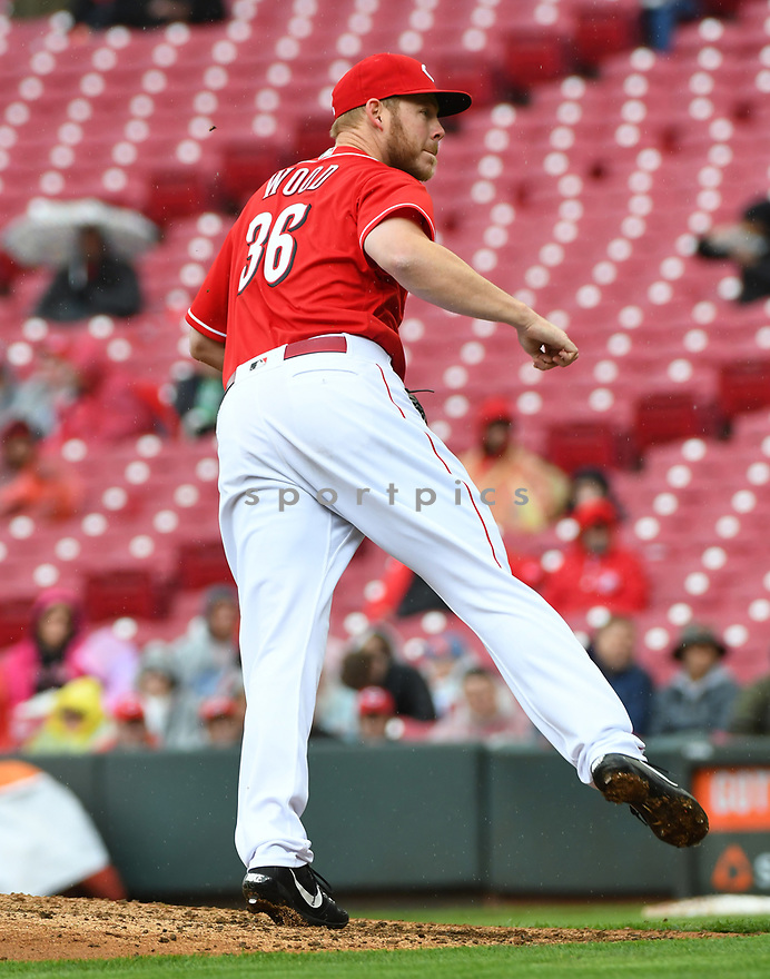 Cincinnati Reds Blake Wood (36) during a game against the Philadelphia Phillies on April 6, 2017 at Great American Ballpark in Cincinnati, OH. The Reds beat the Phillies 4-7.