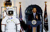 United States President Barack Obama delivers remarks at the second White House Astronomy Night with students, teachers, scientists, astronauts and others attending the event in the South Lawn of the White House in Washington, DC on October 19, 2015. <br /> Credit: Aude Guerrucci / Pool via CNP