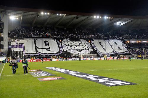 18.02.2016. Anderlecht, Brussels, Belgium. UEFA Europa League football. Anderlecht versus Olympiakos.  Fnas disaply banners pre-game