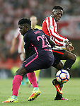 Athletic de Bilbao's Inaki Williams (r) and FC Barcelona's Samuel Umtiti during La Liga match. August 28,2016. (ALTERPHOTOS/Acero)