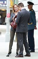 August 17, 2012 Kelly Rutherford, Ed Westwick shooting on location for Gossip Girl in New York City. &copy; RW/MediaPunch Inc. /NortePhoto.com<br /> <br /> **SOLO*VENTA*EN*MEXICO**<br /> **CREDITO*OBLIGATORIO** <br /> *No*Venta*A*Terceros*<br /> *No*Sale*So*third*<br /> *** No Se Permite Hacer Archivo**<br /> *No*Sale*So*third*