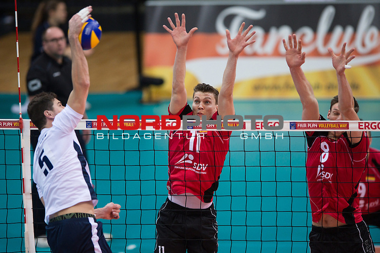 03.01.2014, MHP Arena, Ludwigsburg<br /> Volleyball, Qualifikation WM 2014, Deutschland vs. Kroatien<br /> <br /> Angriff Igor Omrcen (#5 CRO) - Block / Doppelblock Lukas Kampa (#11 GER), Marcus B&ouml;hme / Boehme (#8 GER)<br /> <br />   Foto &copy; nordphoto / Kurth
