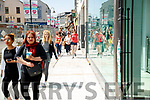 Busy shopping day in Tralee Town Centre