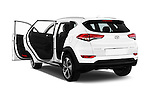 Car images of 2015 Hyundai Tucson Launch Edition 5 Door Suv Doors
