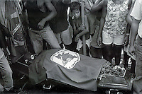 BRAZIL,El DORADO DOS CARAJAS : Component of the Landless workers movement during burial of another leader on 17 April, 1998  at transamazonica in Parauapebas south of Pará, northern Brazil. -  Photo by Paulo Amorim