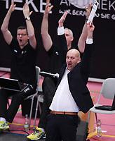 Volleyball 1. Bundesliga  Saison 2017/2018 TV Rottenburg - Hypo Tirol Alpen Volleys Haching     27.12.2017 JUBEL TV Rottenburg; Trainer Hans Peter Mueller - Angstenberger