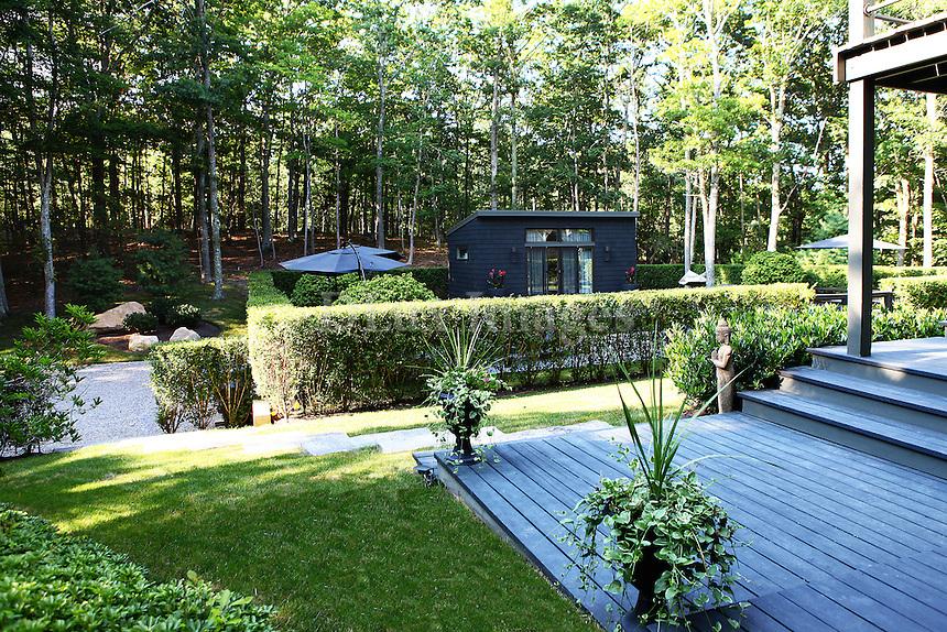 house's lush garden