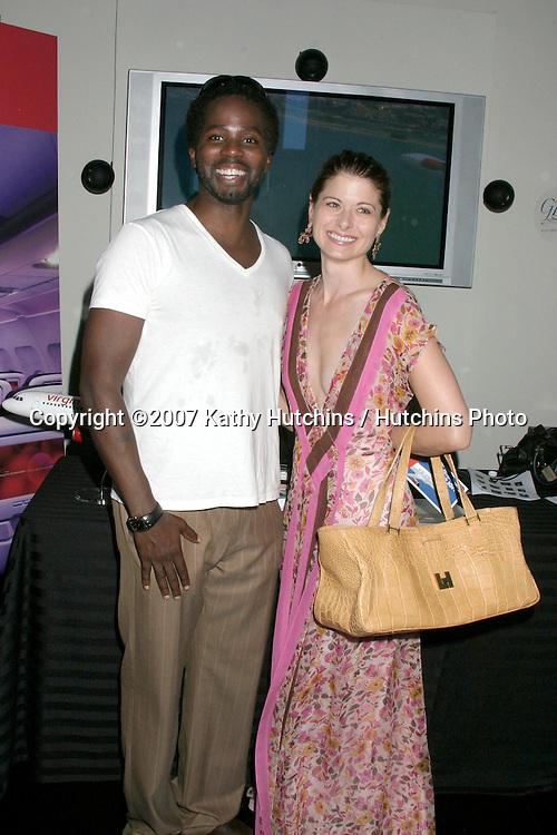 Harold Perrineau & Debra Messing.GBK Emmy Gifting Suite.Hollywood Roosevelt Hotel.Los Angeles,  CA.September 14, 2007.©2007 Kathy Hutchins / Hutchins Photo...