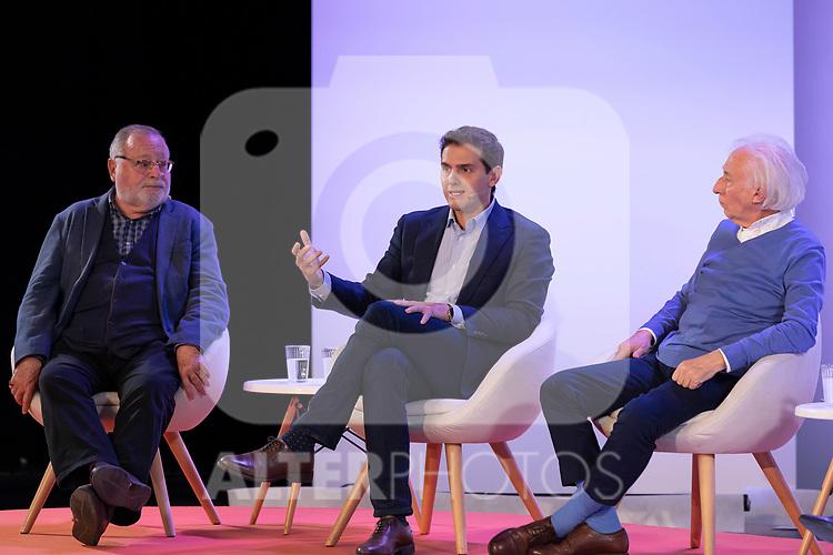 "(LtoR) Philosopher Fernando Savater, president of citizen Albert Rivera and dramatist Albert Boadella, during the citizen meeting ""Espana en marcha"". October 24, 2019. (ALTERPHOTOS/Johana Hernandez)"