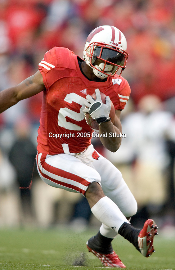 MADISON, WI - OCTOBER 22: Running back Brian Calhoun #2 of the Wisconsin Badgers scores on a 40 yard touchdown reception against the Purdue Boilermakers at Camp Randall Stadium on October 22, 2005 in Madison, Wisconsin. The Badgers beat the Hoosiers 31-20. Photo by David Stluka.