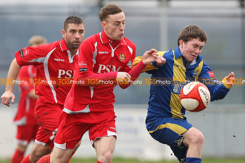 Joe Oates in action for Romford - Romford vs Harlow Town - Ryman League Division One North Football at Mill Field, Aveley FC - 17/03/12 - MANDATORY CREDIT: Gavin Ellis/TGSPHOTO - Self billing applies where appropriate - 0845 094 6026 - contact@tgsphoto.co.uk - NO UNPAID USE.