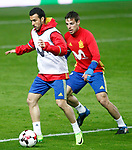 Spain's Pedro Rodriguez (l) and Cesar Azpilicueta during training session. March 23,2017.(ALTERPHOTOS/Acero)