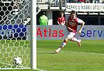 Nederland, Alkmaar, 25 maart 2012.Eredivisie.Seizoen 2011-2012.AZ-RKC Waalwijk (1-0).Johann Berg Gudmundsson van AZ maakt het enige doelpunt van de wedstrijd, 1-0.