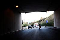 Lecco: il camper di Matteo Renzi in viaggio verso Bergamo, durante la sua campagna elettorale per le primarie del PD.