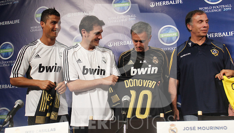 Real Madrid first train at pre season stage in Los ANgeles, California on July 12th 2011. Press conference Cristiano Ronaldo, Iker Casillas, Jose Mourinho, Bruce Arena...Photo: Tresmu / ALFAQUI