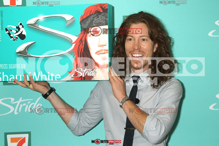 NEW YORK, NY - AUGUST 21: Shaun White at the release of Stride's new flavor, 'Mintacular' at 7-Eleven in New York City. August 21, 2012. © RW/MediaPunch Inc.