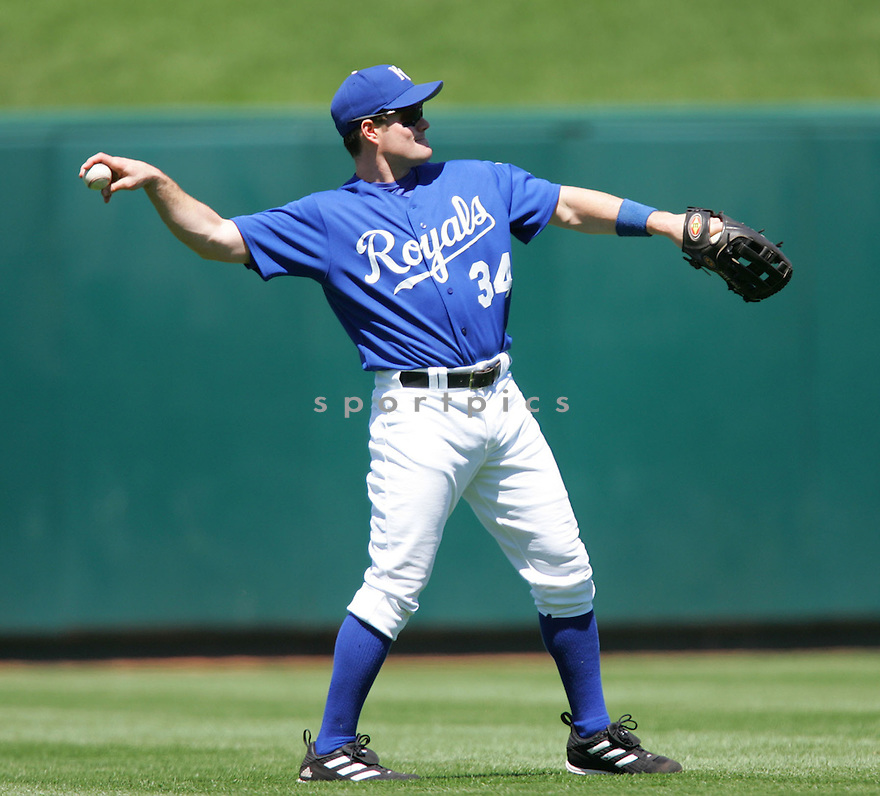 Matt Diaz, of the Kansas City Royals , in action against the Texas Rangers on June 5, 2005...Rangers win 8-1...Dilip Vishwanat / SportPics