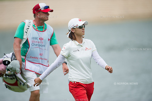 Na Yeon Choi (KOR),.MARCH 3, 2013 - Golf :.Na Yeon Choi of South Korea with his caddie during the final round of the the HSBC Women's Champions golf tournament at Sentosa Golf Club in Singapore. (Photo by Haruhiko Otsuka/AFLO)