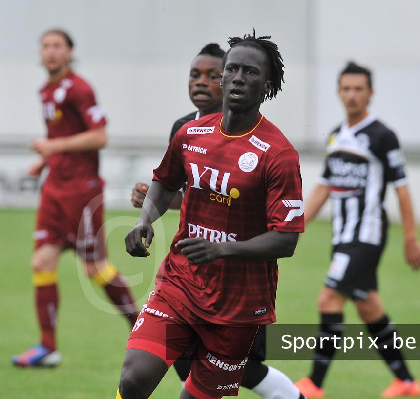 SV Zulte - Waregem : Mbaye Leye.foto VDB / BART VANDENBROUCKE