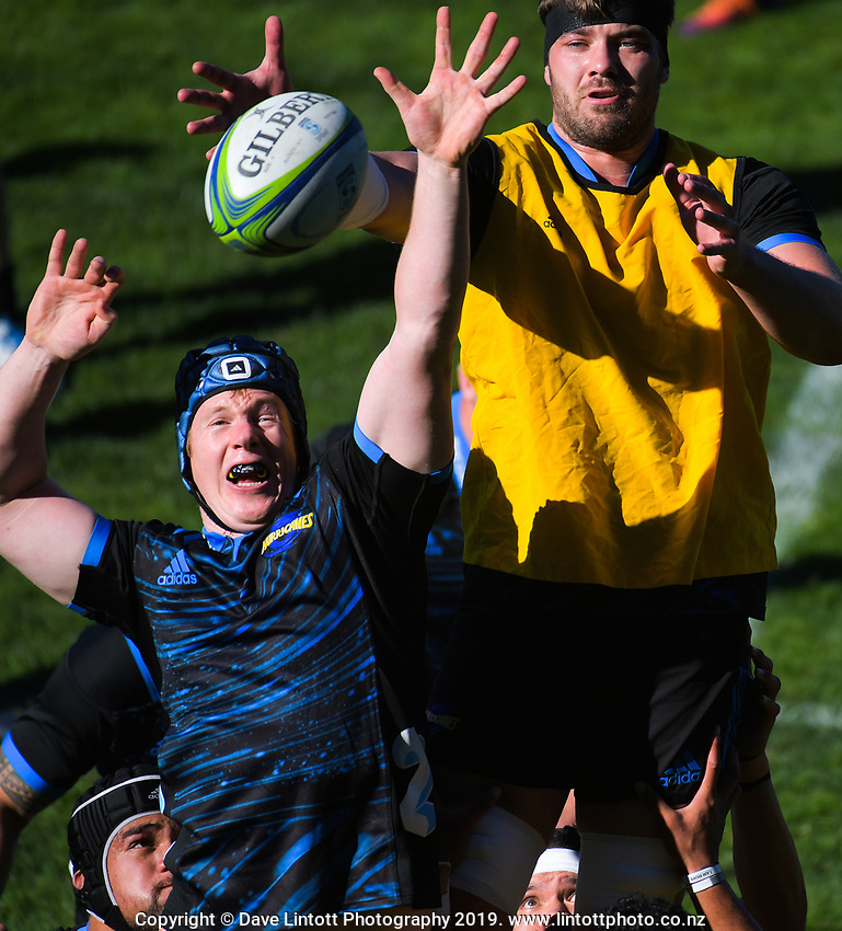 James Blackwell and Geoff Cridge compete for lineout ball. Hurricanes Super Rugby training at Rugby League Park in Wellington, New Zealand on Thursday, 25 April 2019. Photo: Dave Lintott / lintottphoto.co.nz