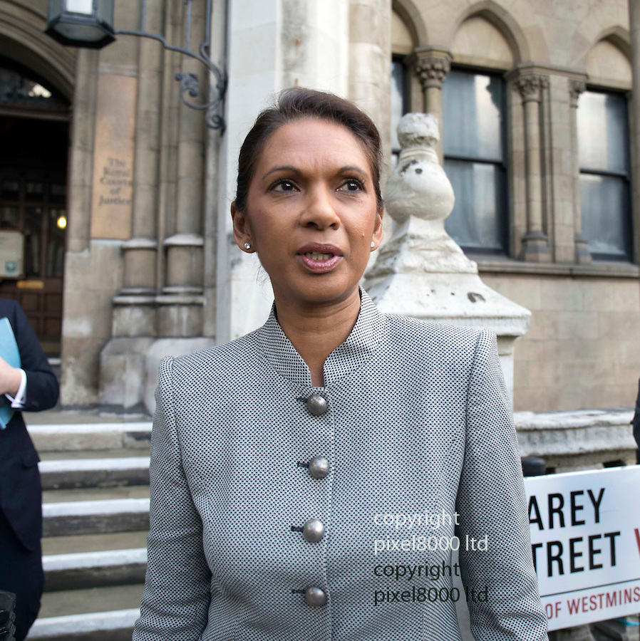 Pic shows: Anti_Brexit campaigner Gina Miller leaves the High Court in London today.<br /> 17/10/16<br /> <br /> <br /> <br /> <br /> Pic by Gavin Rodgers/Pixel 8000 Ltd