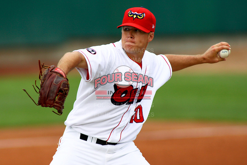 August 5, 2009: Stephen Locke of the Orem Owlz, Rookie Class-A affiliate of the Los Angeles Angels of Anaheim, during a game at the Orem Owlz Ballpark in Orem, UT. Photo by: Matthew Sauk/Four Seam Images