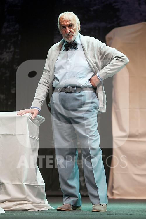 Argentinian actor Hector Alterio performs during `El lago dorado´ theater play in Madrid, Spain. August 17, 2015. (ALTERPHOTOS/Victor Blanco)