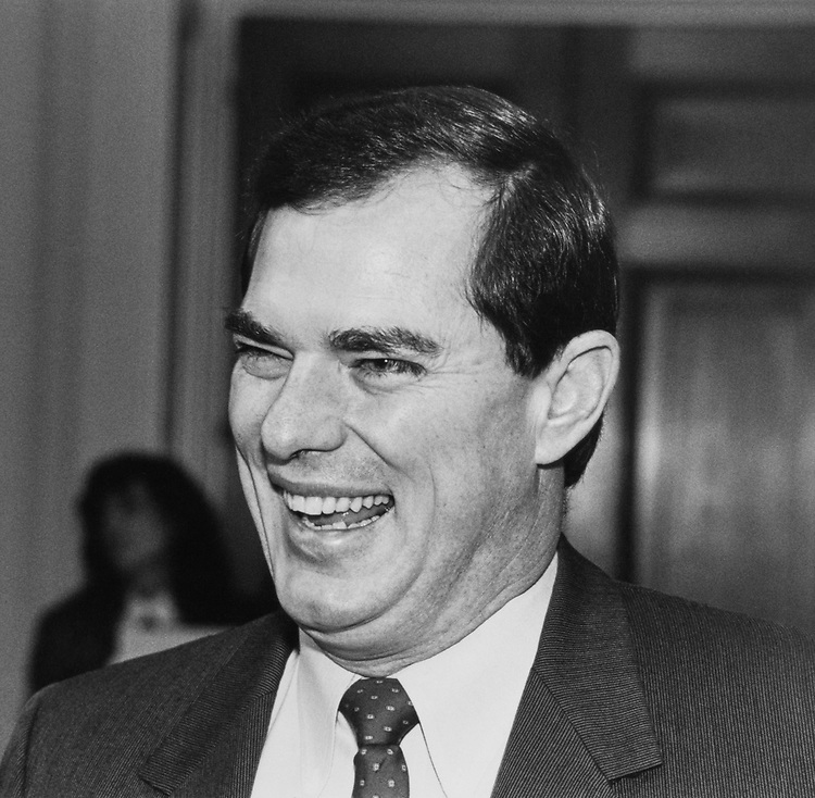 Close-up of Rep. Bill Sarpalius, D-Tex., on Dec. 18, 1988. (Photo by Andrea Mohin/CQ Roll Call)