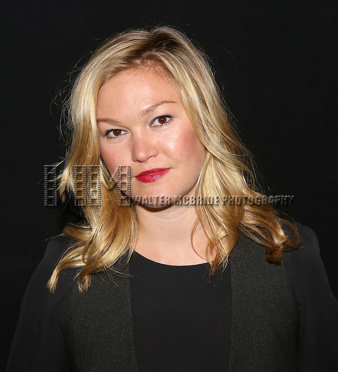 "Julia Stiles attends the ""Phoenix"" Cast Photo Call at their rehearsal studio on July 9, 2014 in New York City."