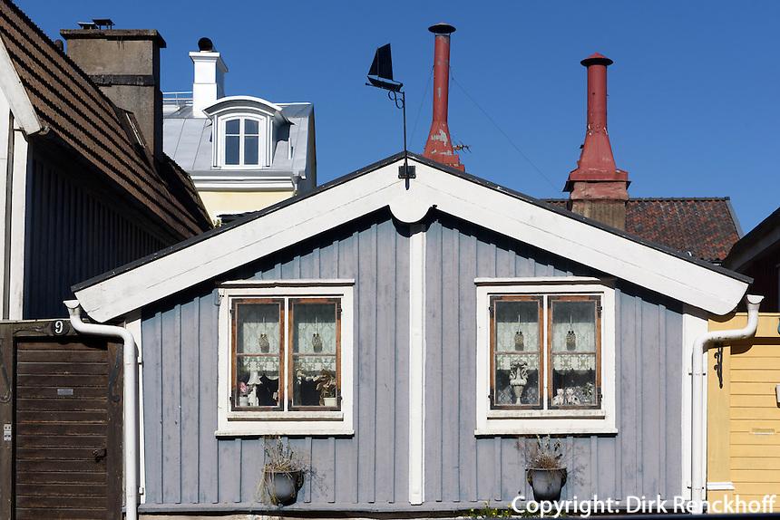 H&auml;user auf Halbinsel Bj&ouml;rkholmen in Karlskrona, Provinz Blekinge, Schweden, Europa, UNESCO-Weltkulturerbe<br /> houses on Bj&ouml;rkholmen in Karlskrona, Province Blekinge, Sweden