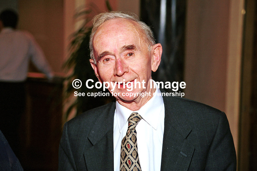 Pearse Wyse, founder member,  Progressive Democrats, political party, Rep of Ireland, Ref: 199904021, Taken National Conference, Galway, April 99...Copyright Image from Victor Patterson, 54 Dorchester Park, Belfast, UK, BT9 6RJ..Tel: +44 28 9066 1296.Mob: +44 7802 353836.Voicemail +44 20 8816 7153.Skype: victorpattersonbelfast.Email: victorpatterson@mac.com.Email: victorpatterson@ireland.com (back-up)..IMPORTANT: If you wish to use this image or any other of my images please go to www.victorpatterson.com and click on the Terms & Conditions. Then contact me by email or phone with the reference number(s) of the image(s) concerned.