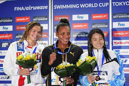 25.10.2016. Tokyo, Japan.  (L-R) Yuliya Efimova (RUS), Alia Atkinson (JAM), Miho Teramura (JPN), FINA Swimming World Cup Tokyo Women's 100m Breaststroke Award Ceremony at Tatsumi International Swimming Pool, Tokyo, Japan.