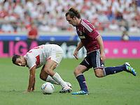 FUSSBALL   1. BUNDESLIGA  SAISON 2011/2012   1. Spieltag     06.08.2011 VfB Stuttgart - FC Schalke 04               Khalid Boulahrouz (li, VfB Stuttgart) gegen Christian Fuchs (FC Schalke 04)