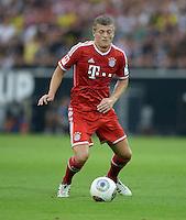 FUSSBALL   1. BUNDESLIGA   SAISON 2013/2014   SUPERCUP Borussia Dortmund - FC Bayern Muenchen           27.07.2013 Toni Kroos (FC Bayern Muenchen) Einzelaktion am Ball