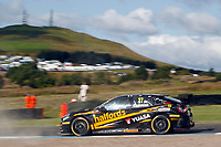 Round 8 of the 2018 British Touring Car Championship.  #27 Dan Cammish. Halfords Yuasa Racing. Honda Civic Type R.
