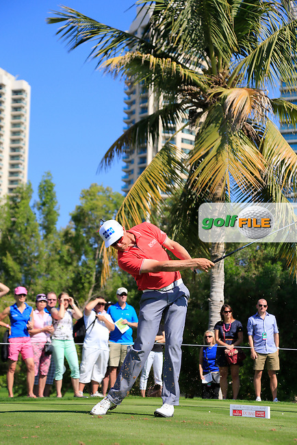 Mikko ILONEN (FIN) tees off the par3 4th tee during Pink Friday's Round 2 of the 2015 Omega Dubai Desert Classic held at the Emirates Golf Club, Dubai, UAE.: Picture Eoin Clarke, www.golffile.ie: 1/30/2015