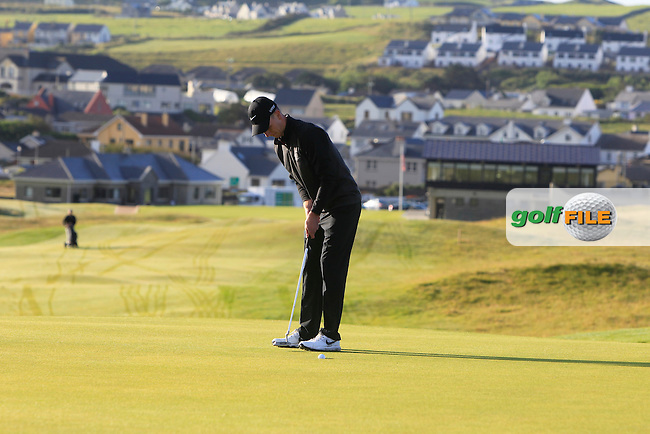 Rowan Lester (Hermitage) on the 1st green during Matchplay Round 1 of the South of Ireland Amateur Open Championship at LaHinch Golf Club on Friday 24th July 2015.<br /> Picture:  Golffile | Thos Caffrey