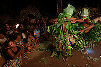 Ceremonies are carried out to celebrate important moments and are part of the initiation of the youths, the teaching of the forest. The first hunt, securing the first turtle give rise to a ceremony. The Bolobé is a quite likeable demon. The introduction of the youths to Bolobé begins at the age of 12.  Bolobé is a bit the secret of men; through Bolobé, they discover the world of the forest. The techniques and secrets of hunting, animal life... how to find and harvest honey.///Les cérémonies sont réalisées pour fêter les moments importants et font parti de l'initiation des jeunes, l'enseignement à la forêt. La première chasse, ramassage de la première tortue donne lieu une cérémonie. Le Bolobé est un démon plutôt sympathique. L'initiation des jeunes à Bolobé commence à 12 ans.  Bolobé, c'est un peu le secret des hommes. A travers Bolobé, il découvre le monde de la forêt. Les techniques et secrets de chasse, le vie animale…comment trouver et récolter le miel.