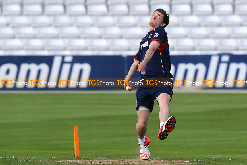 Matt Salisbury of Essex warms up ahead of the start - Essex Eagles vs Essex Premier Leagues XI - T20 Cricket Friendly Match at the Essex County Ground, Chelmsford, Essex - 13/05/15 - MANDATORY CREDIT: Gavin Ellis/TGSPHOTO - Self billing applies where appropriate - contact@tgsphoto.co.uk - NO UNPAID USE