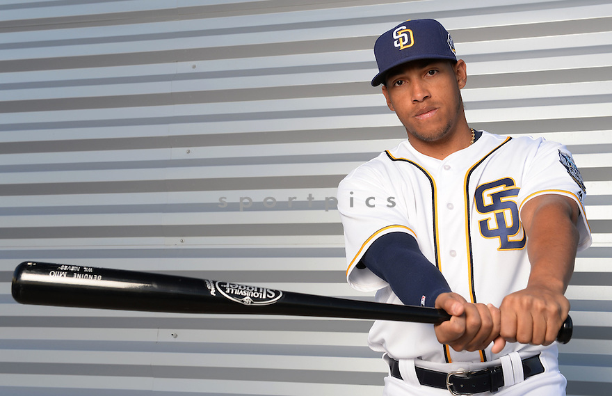San Diego Padres Yangervis Solarte (26) during photo day on February 26, 2016 in Peoria, AZ.