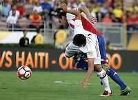 PASADENA - UNITED STATES, 07-06-2016: Carlos Bacca (Der) jugador de Colombia (COL) disputa el balón con Gustavo Gomez (Izq) jugador de Paraguay (PAR) durante partido del grupo A fecha 2 por la Copa América Centenario USA 2016 jugado en el estadio Rose Bowl en Pasadena, California, USA. /  Carlos Bacca  (R) player of Colombia (COL) fights the ball with Gustavo Gomez (L) player of Paraguay (PAR) during match of the group A date 2 for the Copa América Centenario USA 2016 played at Rose Bowl stadium in Pasadena, California, USA. Photo: VizzorImage/ Luis Alvarez /Str