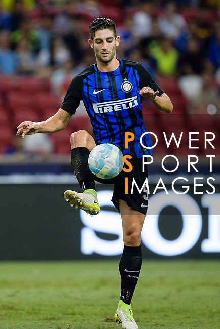 FC Internazionale Midfielder Roberto Gagliardini in action during the International Champions Cup 2017 match between FC Internazionale and Chelsea FC on July 29, 2017 in Singapore. Photo by Weixiang Lim / Power Sport Images