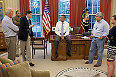 United States President Barack Obama talks with senior advisors in the Oval Office to discuss ongoing efforts in the debt limit and deficit reduction talks, July 31, 2011. Pictured, from left, are: Vice President Joe Biden; Rob Nabors, Assistant to the President for Legislative Affairs; OMB Director Jack Lew; Pete Rouse, Counselor to the President; and Senior Advisor Valerie Jarrett. .Mandatory Credit: Pete Souza - White House via CNP