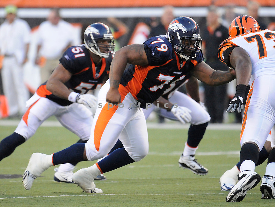 MARCUS THOMAS, of the Denver Broncos  in action during the Broncos game against the Cincinnati Bengals at Paul Brown Stadium in Cincinnati, OH.  on August 20, 2010.  The Bengals beat the Broncos 22-9 in the second week of preseason games...