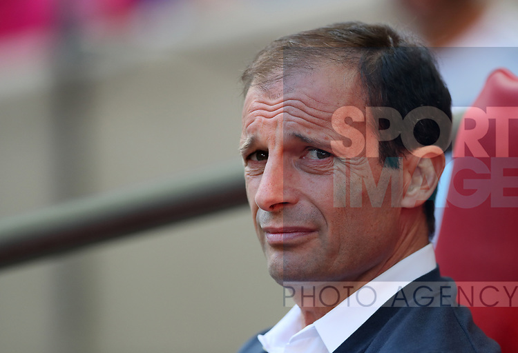 Juventus Massimiliano Allegri in action during the pre season match at Wembley Stadium, London. Picture date 5th August 2017. Picture credit should read: David Klein/Sportimage